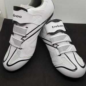 รองเท้าจักรยานคลีตแบบ 2 in 1 รองรับคลีตหมอบและภูเขา Tiebao รุ่น TB36 สีขาว