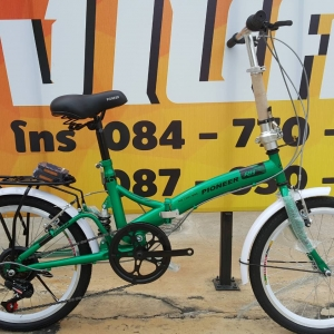 จักรยานพับเฟรมเหล็ก Pioneer รุ่น RB สีเขียว เฟรมเหล็ก ล้อ 20 นิ้ว มีโช๊คหลังกันสะเทือน เกียร์ 6 Speed