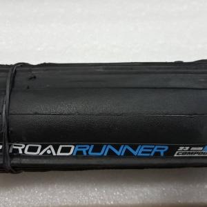ยางนอกเสือหมอบ Vee Tireco รุ่น Road Runner 700x23 พุ่ง เกาะถนนมั่นใจ ทนทาน มีกันหนามในเนื้อยาง เส้นใย 90 TPI