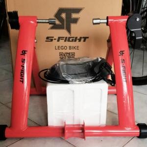 เทรนเนอร์จักรยาน S-Fight 2018 สีแดง พร้อมรีโมทปรับระดับความหนืดได้ ถาดรองล้อและแกนปลดเร็ว