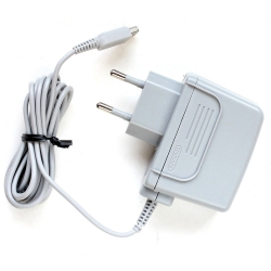 AC Adapter 220 v. สำหรับ 2DS, 3DS, 3DS XL, 3DS LL, new 3DS, new 3DS LL, new 3DS XL *ขายดี