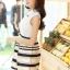 ชุดออกงานสวยๆแฟชั่นเกาหลี สีดำ ผ้าลูกไม้ เหมาะกับการใส่ทำงาน หรือจะใส่ออกงาน ไปงานแต่งงานก็ได้ จะให้ลุคที่สวยสง่า thumbnail 4