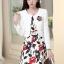 ชุดเดรสทำงานเกาหลี เดรสสั้นพิมพืลายดอกไม้สีแดงดำ มาคู่กับเสื้อสูทตัวสั้นสีขาว เนื้อผ้าดี ทำให้คุณสาวๆ ดูสวยง่า ( M L XL XXL ) thumbnail 3