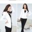 เสื้อสูททำงานสีขาว แขนยาว คอปก เอวเข้ารูป เรียบหรู ดูดี thumbnail 2