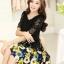 ชุดเดรสสั้นลายดอกไม้ เสื้อผ้าลูกไม้สีดำ เย็บต่อด้วยกระโปรงสั้นลายดอกไม้สีเหลือง เป็นชุดเดรสแฟชั่นน่ารักๆ สไตล์เกาหลี ( S,M,L,XL,) thumbnail 2