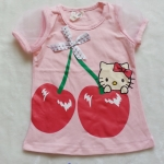 H&M : เสื้อยืด สกรีนลาย คิตตี้เชอรี่ แขนตุ๊กตาผ้าแก้ว สีชมพู size 4-6y