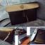 กระเป๋าสะพายหนัง สีดำ thumbnail 1