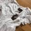 เดรสยาวผ้าคอตตอนสีขาวปักและฉลุลายดอกไม้ thumbnail 15