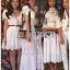เดรสยาวผ้าคอตตอนสีขาวปักและฉลุลายดอกไม้ thumbnail 6