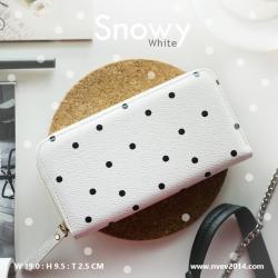กระเป๋าสตางค์ผู้หญิง ใบยาว ซิปรอบ รุ่น SNOWY สีขาวจุดดำ