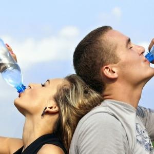 6 ข้อคิด ทำไมต้องดื่มน้ำสะอาดในปริมาณที่เหมาะสม