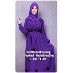 ชุดเดรสมุสลิมแฟชั่นพร้อมผ้าพัน ชุดเดรสชีฟองแต่งกุหลาบ ID : RosBB 01 สีม่วงเข้ม
