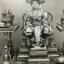 สมุดรูป. ภาพเมืองไทย ปี พุทธศักราช 2436 ที่สมเด็จพระพันวัสสาอัยยิกาเจ้าพระราชทานสมุดภาพถ่ายประเทศไทย เป็นที่ระลึกแก่มิสซิสพอตเตอร์ พาล์มเมอร์ ประธานคณะกรรมการผู้จัดงานฝ่ายสตรี หน้าปกของสมุดเป็นภาพดอกบัวและใบบัวที่ทรงปักด้วยพระองค์เอง ทายาทของมิสซิสพาล์เมอ thumbnail 8