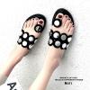 รองเท้าแตะแฟชั่นสีดำ ฉลุลาย อะไหล่กลม LB-N811-BLK