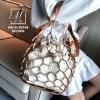 กระเป๋าสะพายกระเป๋าถือ แฟชั่นนำเข้าสุด chic สไตล์เกาหลี MB18-00908-BRO (สีน้ำตาล)