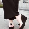รองเท้าส้นเตารีดสีดำ ST2012-BLK