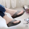 รองเท้าเพื่อสุขภาพสีเทา สไตล์ฟิทฟลอบ ชนชอป รุ่นคริสตัล LB-T119-เทา