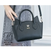 กระเป๋าสะพายกระเป๋าถือ แฟชั่นนำเข้าแบบเรียบหรู AX-12178-BLK (สีดำ)