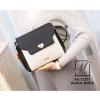 กระเป๋าสะพายกระเป๋าถือ แฟชั่นนำเข้าดีไซน์เรียบหรู AX-12277-BLK-WHT (สีขาว)
