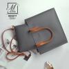 กระเป๋าสะพายกระเป๋าถือ แฟชั่นนำเข้าดีไซน์เรียบโก้ B22577-GRY-S (สีเทา)
