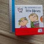 Charlie And Lola: My Extremely Smallest Little Library Board book 6 minibooks in a boxset ราคา 360