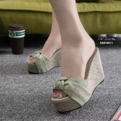 พร้อมส่ง รองเท้าส้นเตารีดสีเหลือง ผ้าปอกระเจา ประดับโบว์ แฟชั่นเกาหลี [สีเขียว ]