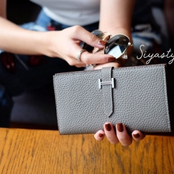 พร้อมส่ง กระเป๋าตังค์ผู้หญิง Wallet leather [สีเทา ]