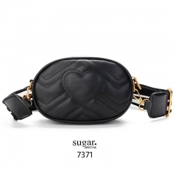 กระเป๋าคาดอก หรือคาดเอวดีไซน์สุดเท่ห์ 7371 (สีดำ)