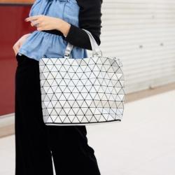 กระเป๋าสะพายแฟชั่น กระเป๋าสะพายข้างผู้หญิง Bao Bao Baral Nologo [สีเงิน]