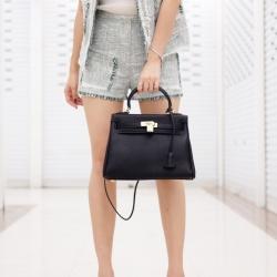 กระเป๋าสะพายแฟชั่น กระเป๋าสะพายข้างผู้หญิง หนังPU Kelly [สีดำ ]
