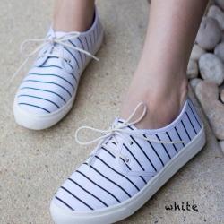 พร้อมส่ง รองเท้าผ้าใบแฟชั่น F59088-WHI [สีขาว]