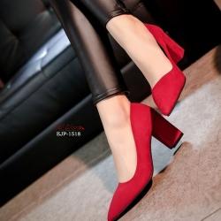 พร้อมส่ง รองเท้าคัทชูส้นตันสีแดง หัวแหลม ผ้าสักหราด แฟชั่นเกาหลี [สีแดง ]