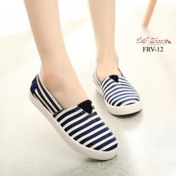พร้อมส่ง รองเท้าผ้าใบแฟชั่นสีน้ำเงิน แบบสวม ผ้าแคนวาส แฟชั่นเกาหลี [สีน้ำเงิน ]
