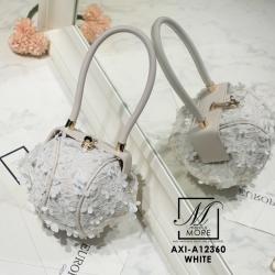 กระเป๋าถือ แฟชั่นนำเข้าสไตล์สุดหวาน AXI-A12360-WHT (สีขาว)