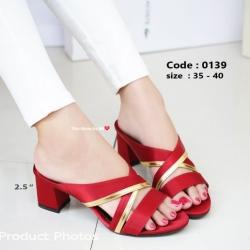 พร้อมส่ง รองเท้าส้นตันสีแดง เปิดส้น Chunky Sandals แฟชั่นเกาหลี [สีแดง ]
