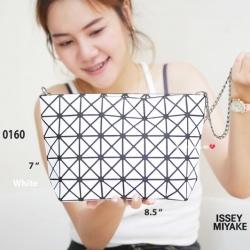 กระเป๋าสะพายแฟชั่น กระเป๋าสะพายข้างผู้หญิง ISSEY MIYAKE BAO BAO (BLOCK) [สีขาว ]