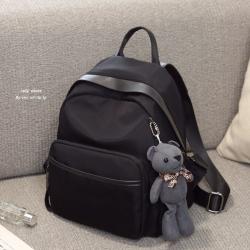 กระเป๋าเป้ผู้หญิง กระเป๋าสะพายข้างแฟชั่น Moschino แถมพวงกุญแจหมี [สีดำ ]
