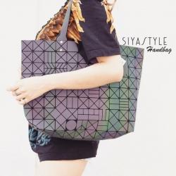 กระเป๋าสะพายแฟชั่น กระเป๋าสะพายข้างผู้หญิง Bao Bao 7*8 Logo Thunder Rainbow [สีรุ้ง ]