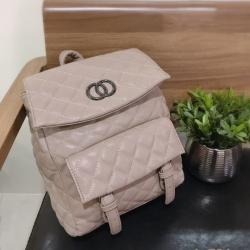 กระเป๋าเป้ผู้หญิง กระเป๋าสะพายหลังแฟชั่น สไตล์ แบรนด์ดัง วัสดุ PU หนานิ่ม [สีกากี ]