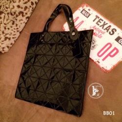 กระเป๋าทรงช็อปปิ้ง กระเป๋าสะพายข้างผู้หญิง หูหิ้วปรับได้2ระดับ Issey Miyake Bao Bao [สีดำ ]