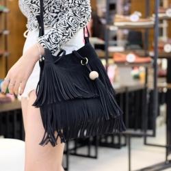 กระเป๋าสะพายแฟชั่น กระเป๋าสะพายข้างผู้หญิง ทรงพู หนังกลับ [สีดำ ]