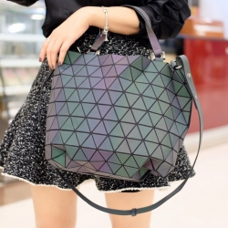 กระเป๋าสะพายแฟชั่น กระเปาสะพายข้างผู้หญิง Barel Big สีรุ้ง Logo [สีรุ้ง ]