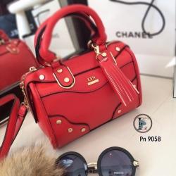 กระเป๋าสะพายแฟชั่น กระเปาสะพายข้างผู้หญิง วัสดุหนัง LYN Iconic Mini งานTop Mirror [สีแดง ]