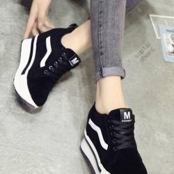 รองเท้าผ้าใบสีดำ งานนำเข้า100% ST921-BLK