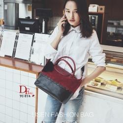กระเป๋าถือนำเข้าหนังกลับสลับกับวัสดุหนัง PU TC-214-RED (สีแดง)