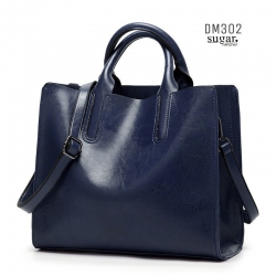 กระเป๋าสะพายผู้หญิงหนังอยู่ทรง มีแบบหนังเงาและหนังด้าน DM302-น้ำเงิน (สีน้ำเงิน)