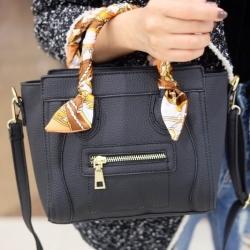 กระเป๋าสะพายแฟชั่น กระเปาสะพายข้างผู้หญิง ซีลีนคลาสสิค (CELINE CLASSIC) อะไหล่ทอง [สีดำ ]