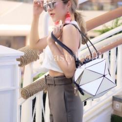 กระเป๋าสะพายแฟชั่น กระเป๋าสะพายข้างผู้หญิง pyramid [สีขาว]