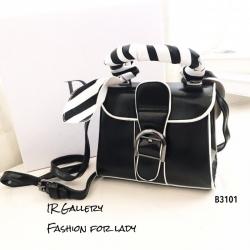 กระเป๋าสะพายแฟชั่น กระเป๋าสะพายข้างผู้หญิง แต่งหัวเข็มขัด ผ้าพันหูจับ [สีดำ ]