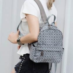 กระเป๋าเป้ผู้หญิง กระเป๋าสะพายหลังแฟชั่น Bao Bao mini บล็อคเล็ก Logo [สีเทา ]